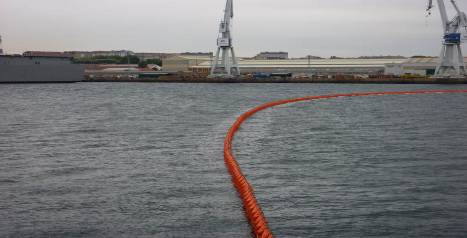 Barrage haute mer Canarie Antipollution - Vue 1