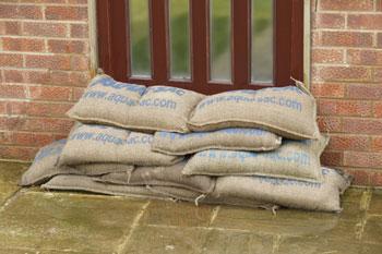 Barrage Anti Inondation Une Protection Anti Inondation Rcy