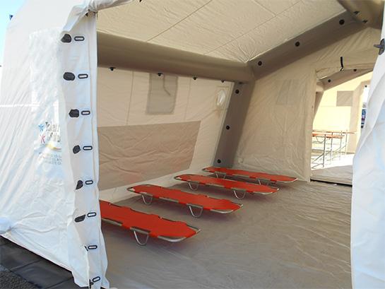 tente-poste-medical-avance-croix-rouge-lit-de-camp